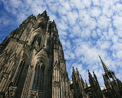 cologne-cathedral-as-in-abstract-aliases