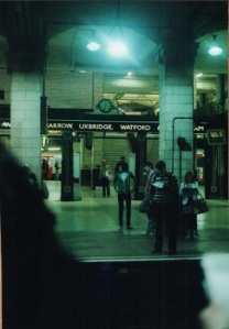 london-underground-shot-characters-use-the-tube-most-in-books-1-4